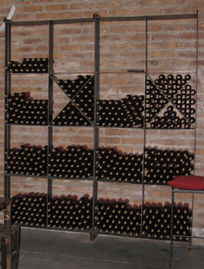 steel wine rack design